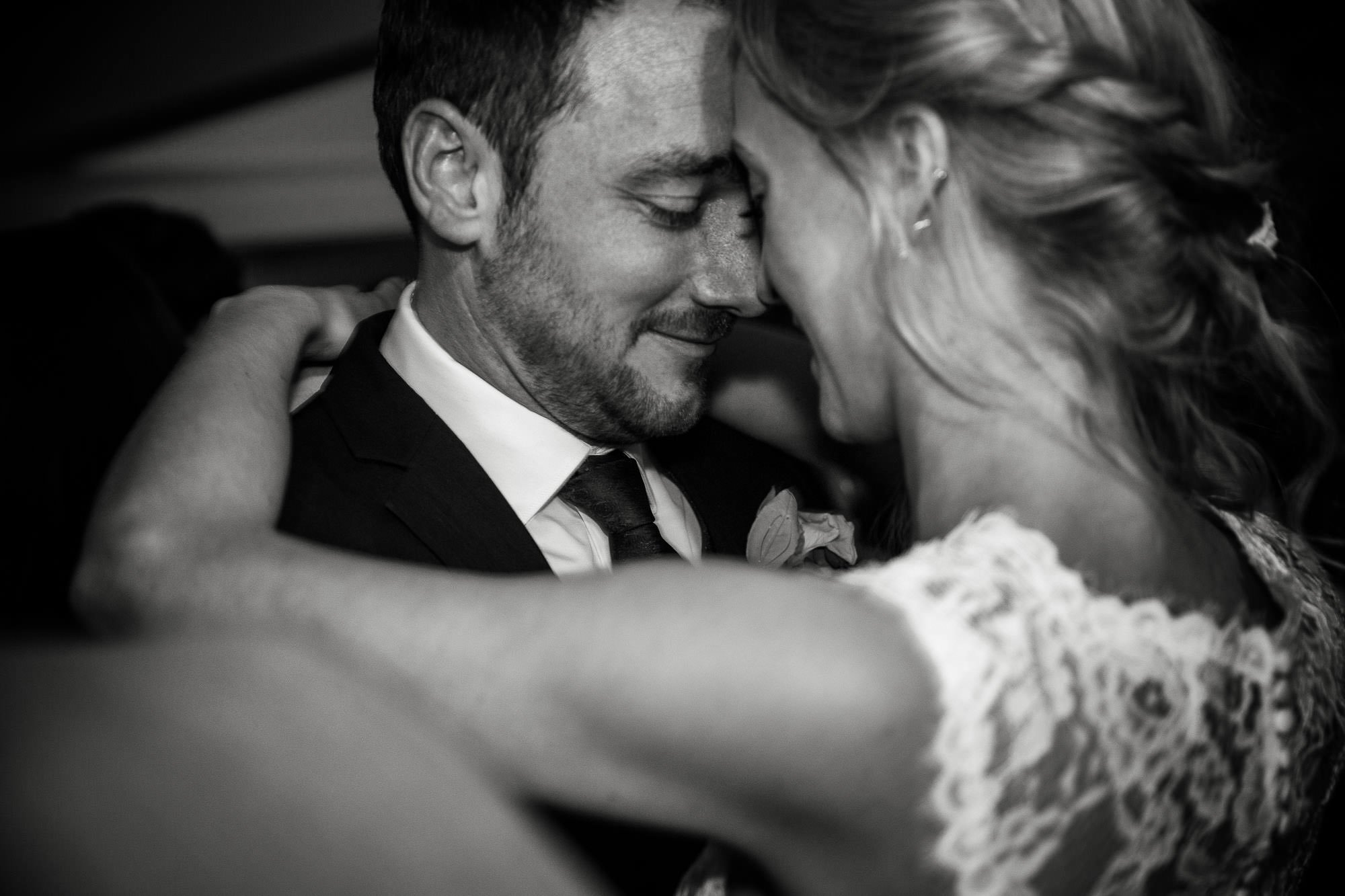 Pembroke Lodge Wedding Photography - Claudia and Danny 57