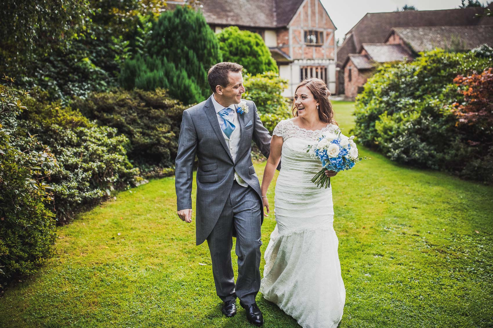 Rivervale Barn Wedding Photographer - Oli and Leyla 33