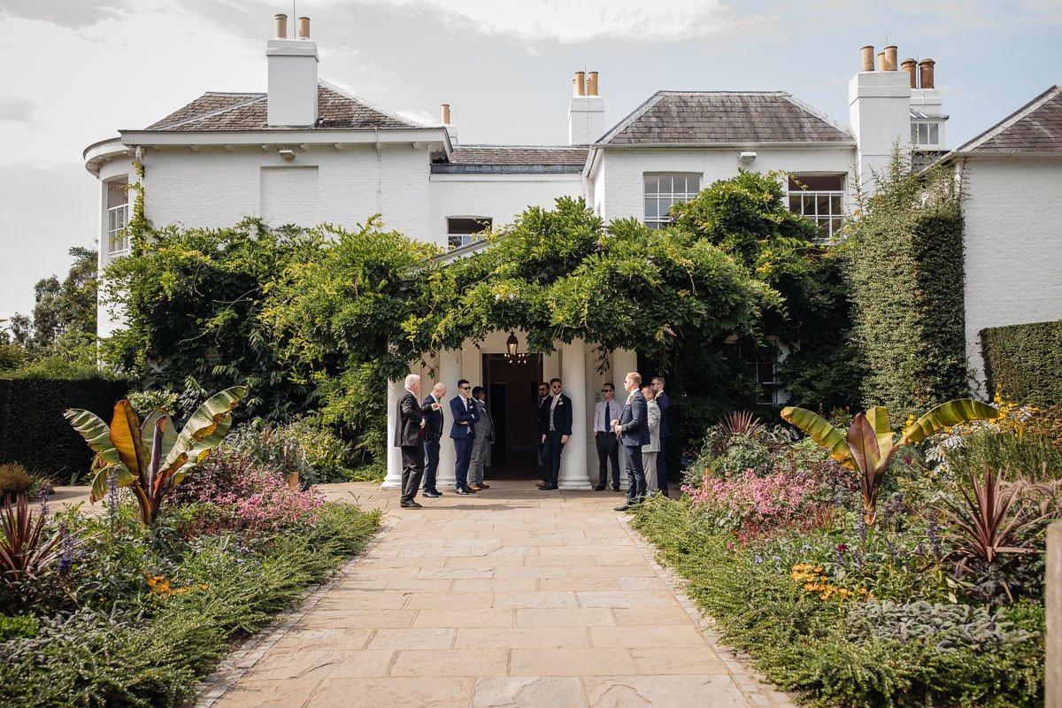 Pembroke Lodge Summer Wedding 12